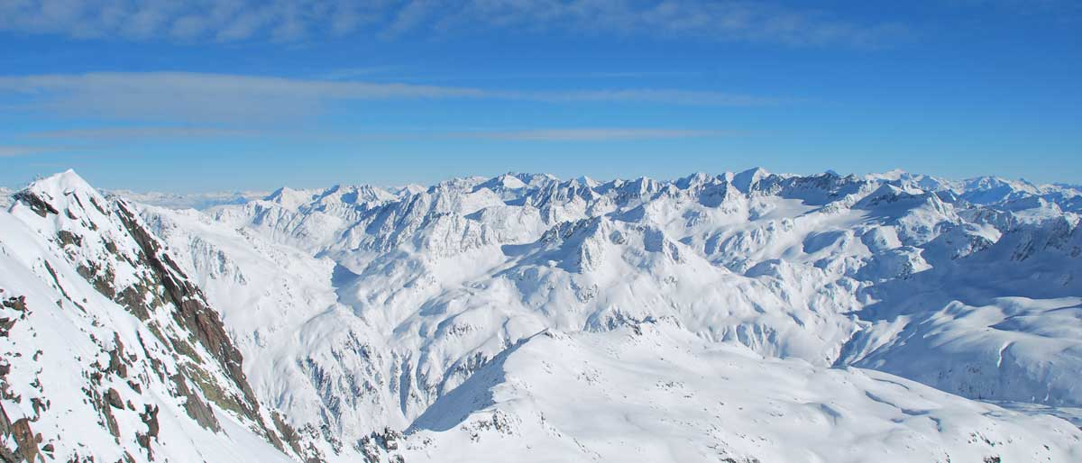 Alpine-Sports-Andermatt-Winter-Ski-Lessons
